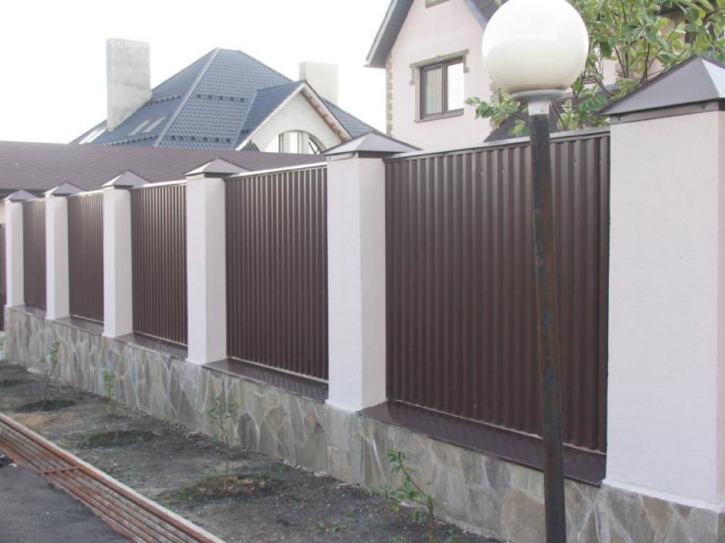 Как построить забор из профнастила своими руками фото 685