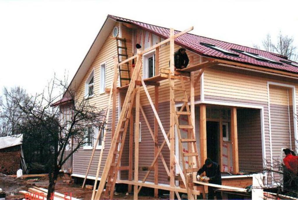 Облицовываем дом сайдингом своими руками