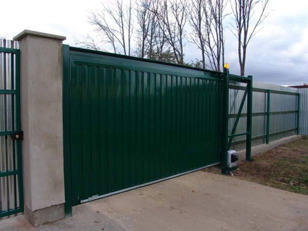 Ворота выдвижные на украине с ценами жилезн ворота
